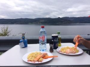 jour1_repas_fjord